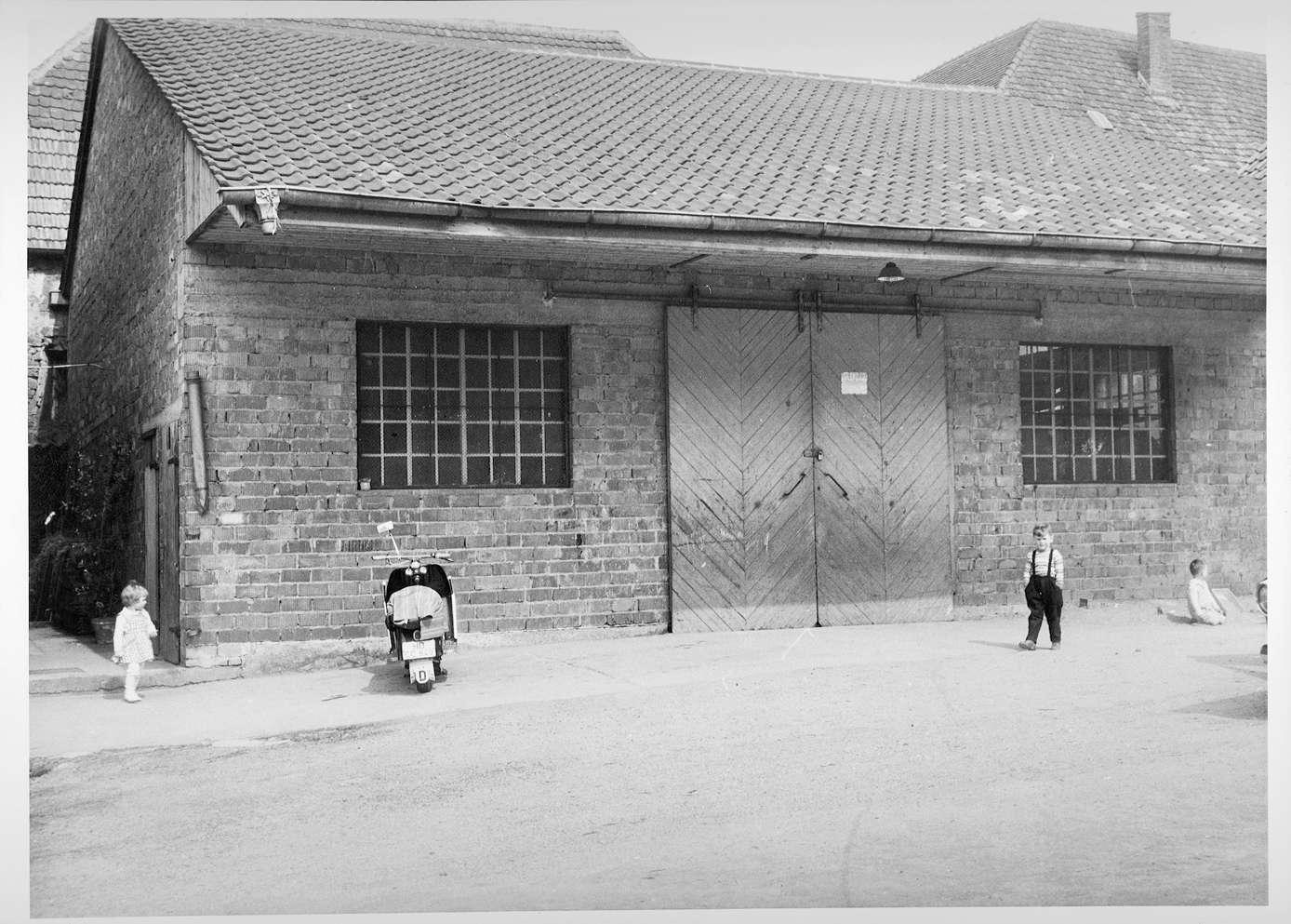 Malsch, HD; Platz der ehemaligen Synagoge, Bild 1