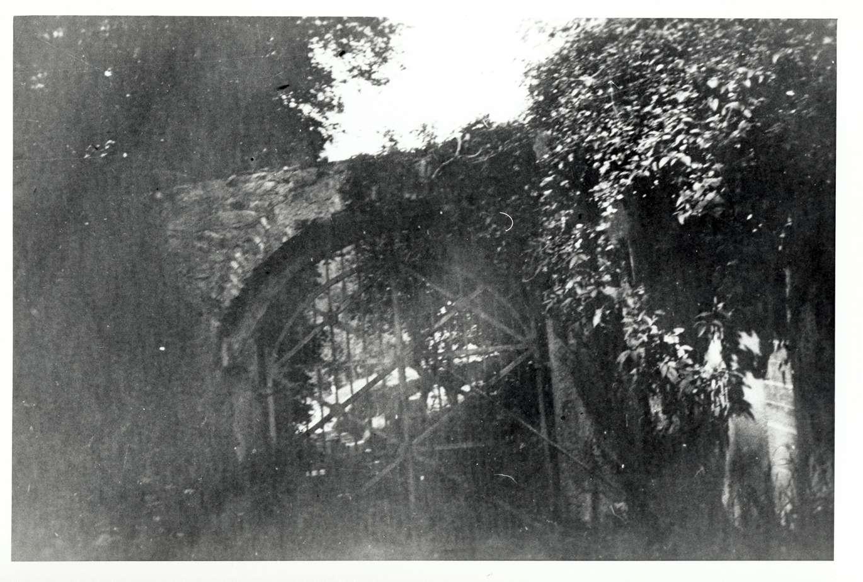 Hemsbach, HD; Jüdischer Friedhof, Haupteingang, Bild 1