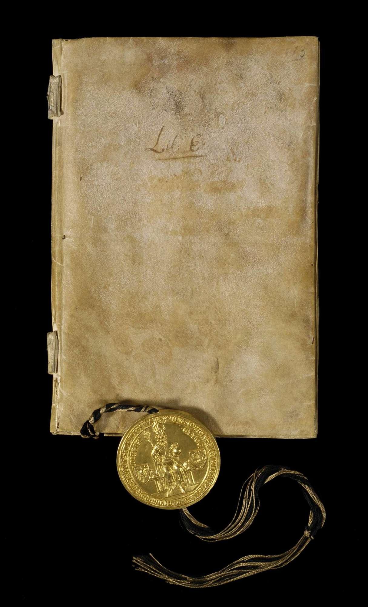 Kaiser Karl publiziert die ersten dreiundzwanzig Kapitel der Goldenen Bulle., Einband Vorderseite