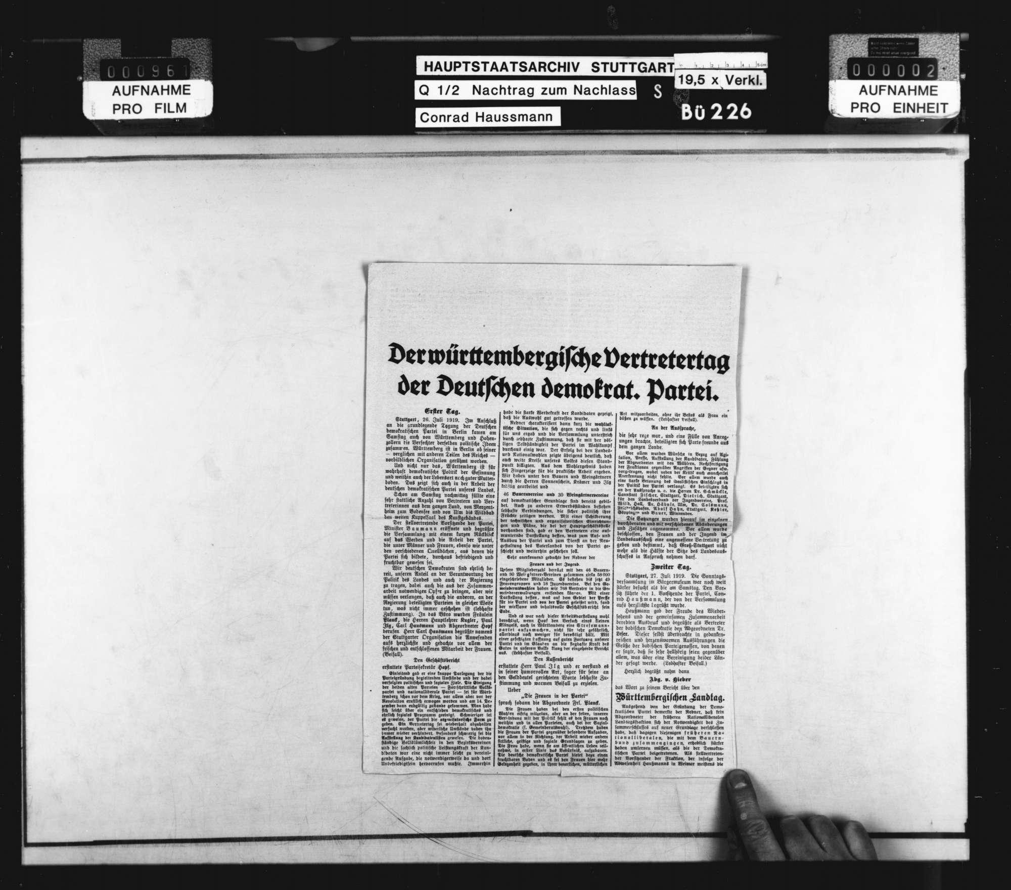 Deutsche Demokratische Partei: Partei- und Vertretertage (hauptsächlich Zeitungsausschnitte), Bild 1