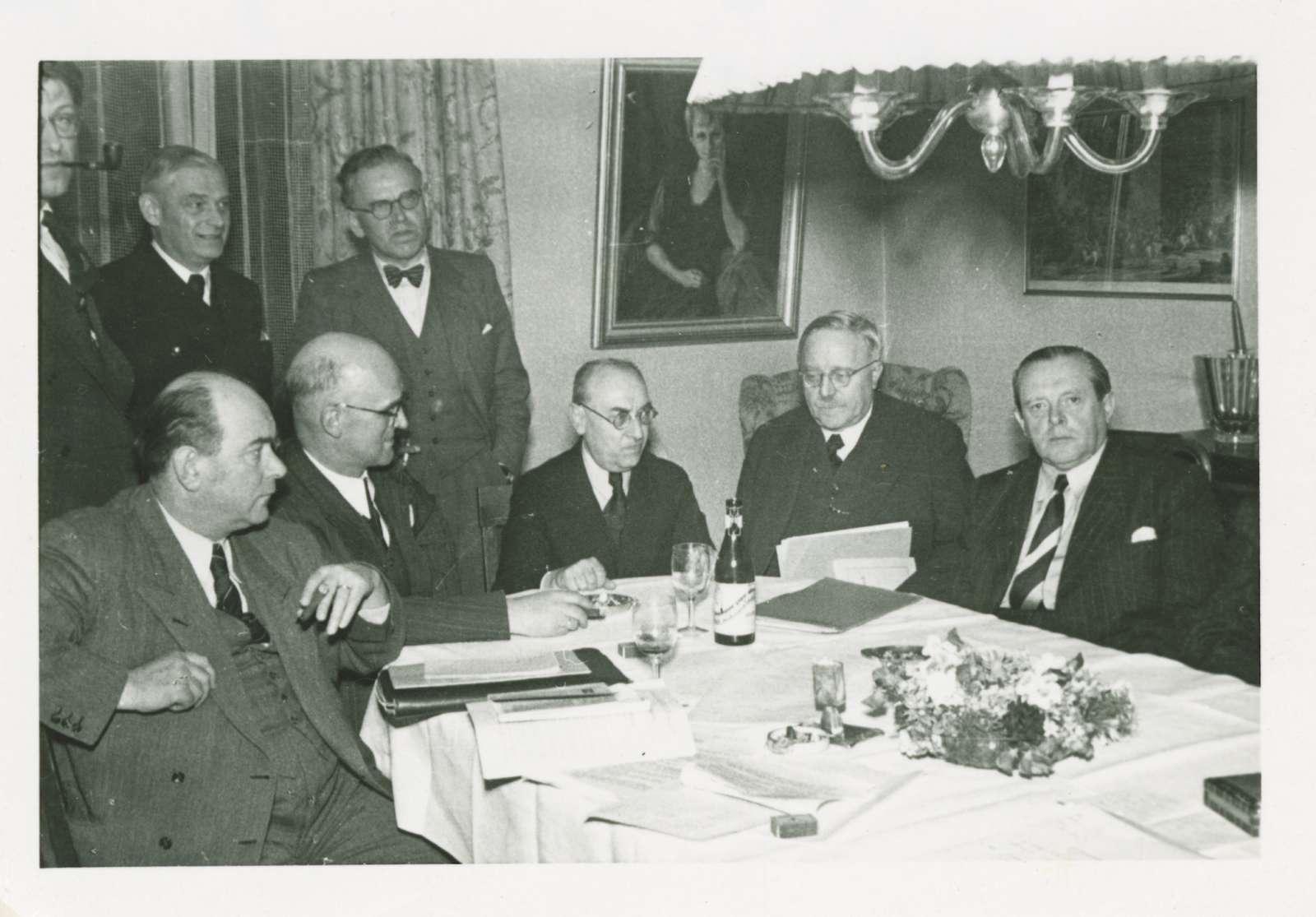 """Südweststaatkonferenz im Hotel """"Waldeck"""" in Freudenstadt am 15. April 1950, Bild 1"""