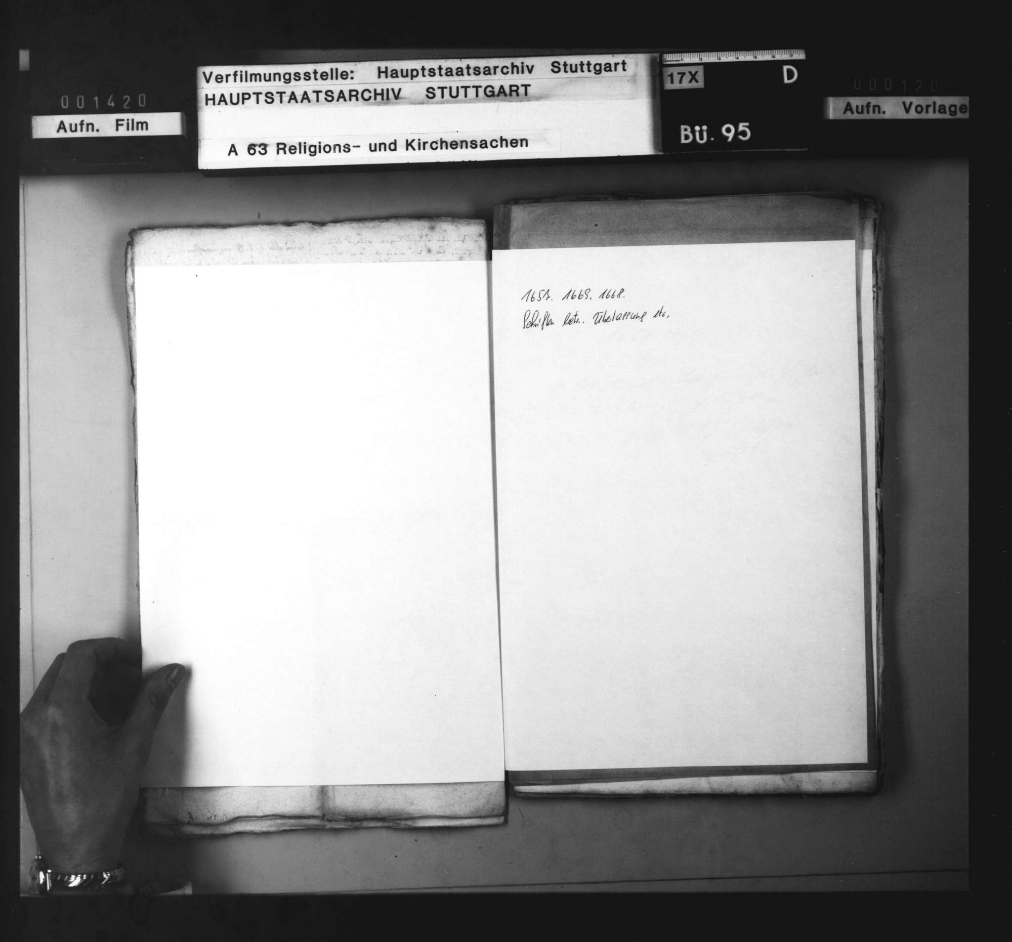Schriften betreffend die Überlassung von Geistlichen nach Augsburg und nach Stockholm., Bild 1