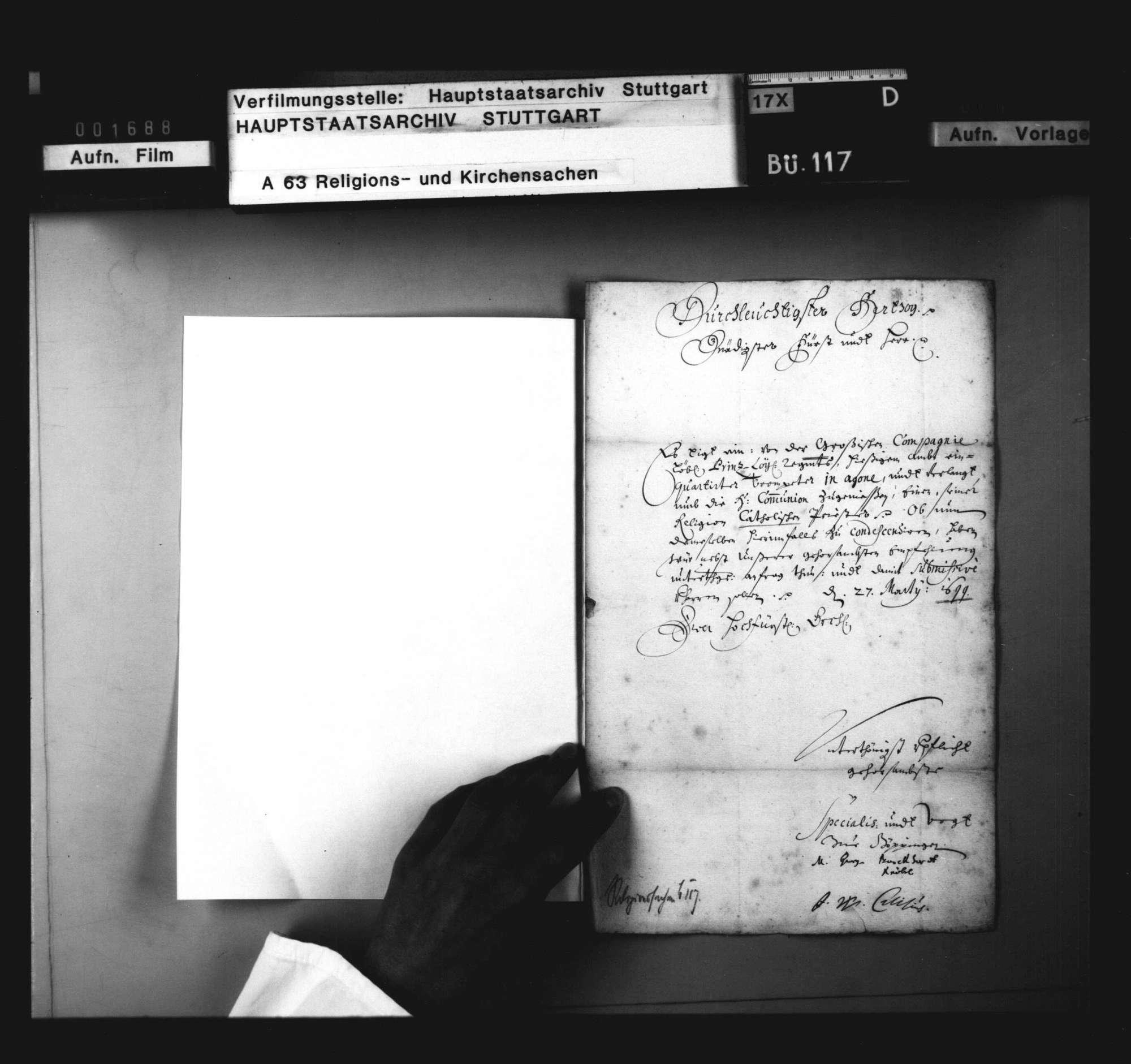 Anfrage von Special und Vogt zu Göppingen, ob zu einem sterbenden Katholiken ein Priester zuzulassen sei. 27. März, mit Bescheid vom 29. März 1699., Bild 2
