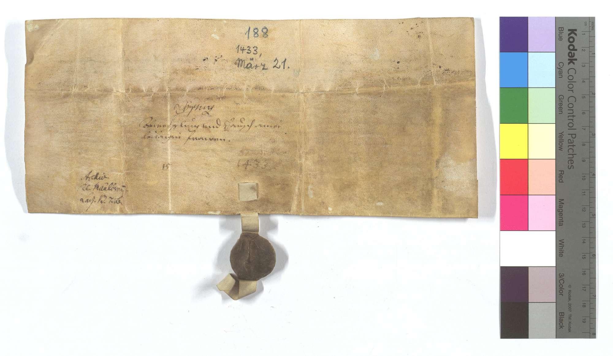 Burkard Truchsess von Höfingen (Hefingen) verkauft dem Kloster Maulbronn eine leibeigene Frau von Iptingen gegen eine andere von Wurmberg., Rückseite