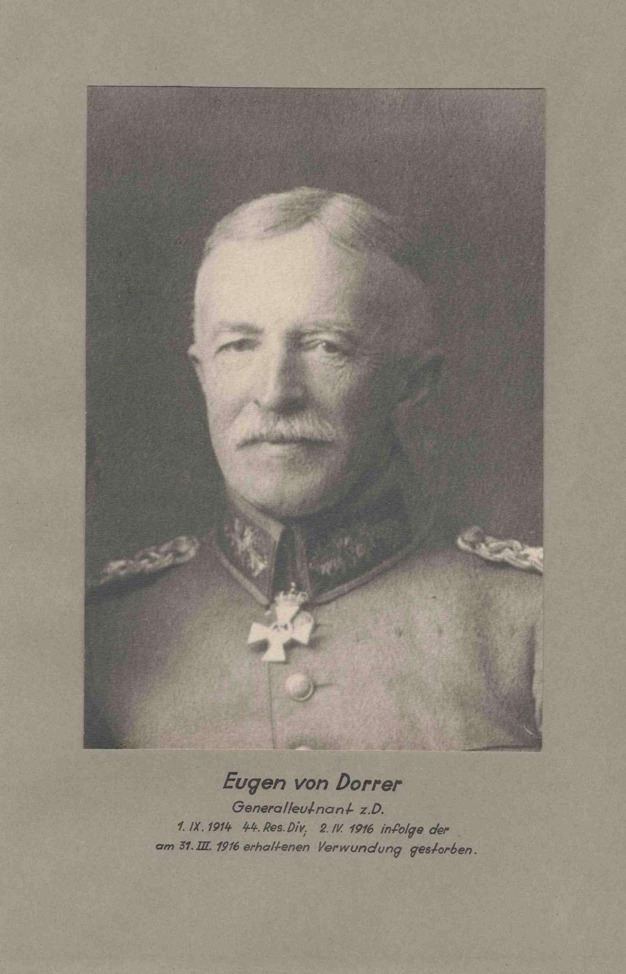 Eugen von Dorrer, Generalleutnant z. D. (zur Disposition), Kommandeur der 44. Res.-Division von 1914-191 in Uniform mit Orden, Brustbild in Halbprofil, Bild 1