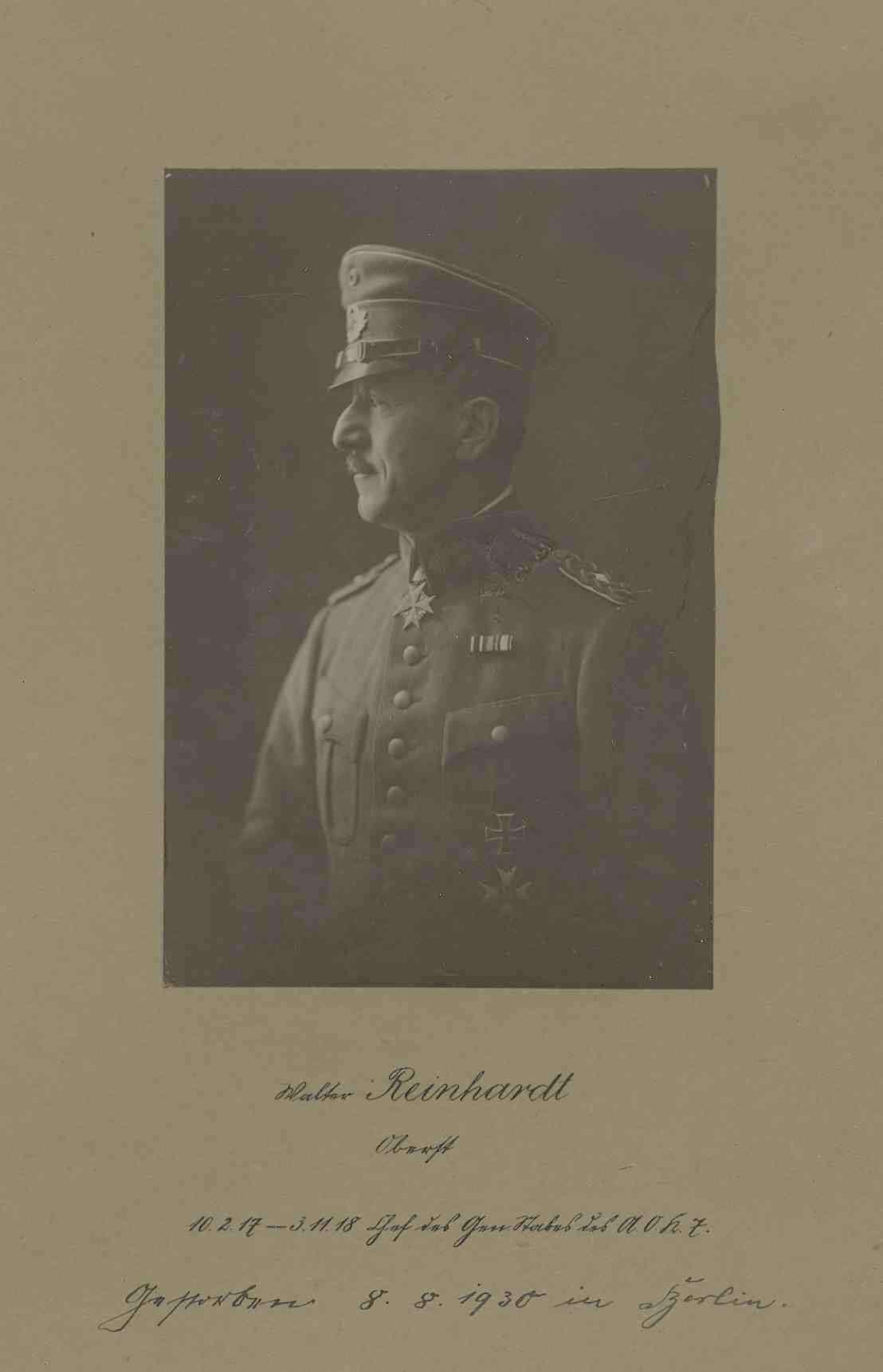 Walter Reinhardt, Oberst, Chef des Generalstabs des Armeeoberkommando 7 von 1917-1918 in Uniform, Mütze mit Orden, Brustbild in Profil, Bild 1