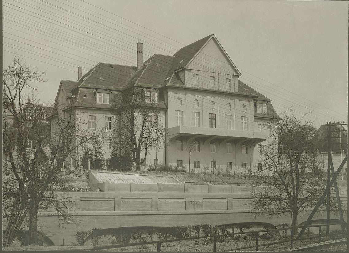 Offizierskasino in Weingarten (Ravensburg), Aussenansicht der Rückseite, Bild 1