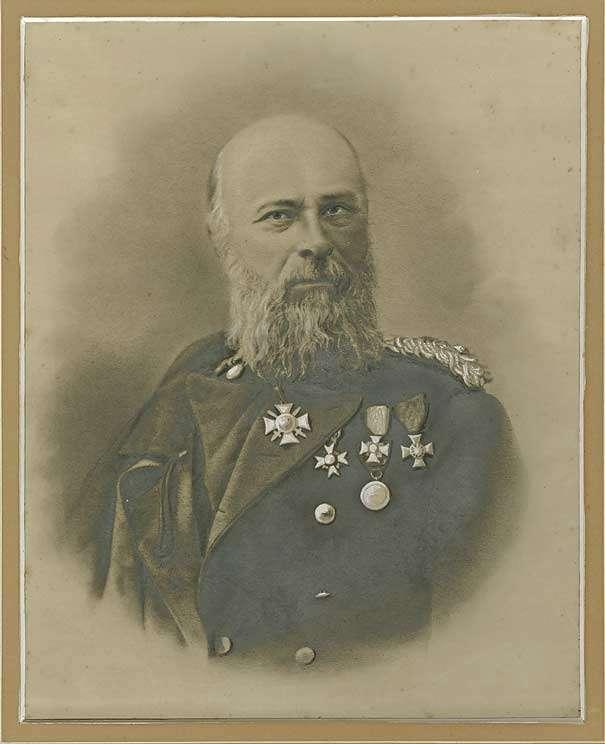 Friedrich Adolph von Seubert, Oberst und Kommandeur von 1870-1872, Brustbild, Bild 1