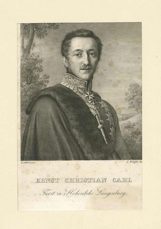Ernst Christian Carl, Fürst zu Hohenlohe-Langenburg in Uniform, Pelzstola und Orden, Brustbild in Halbprofil, Bild 1