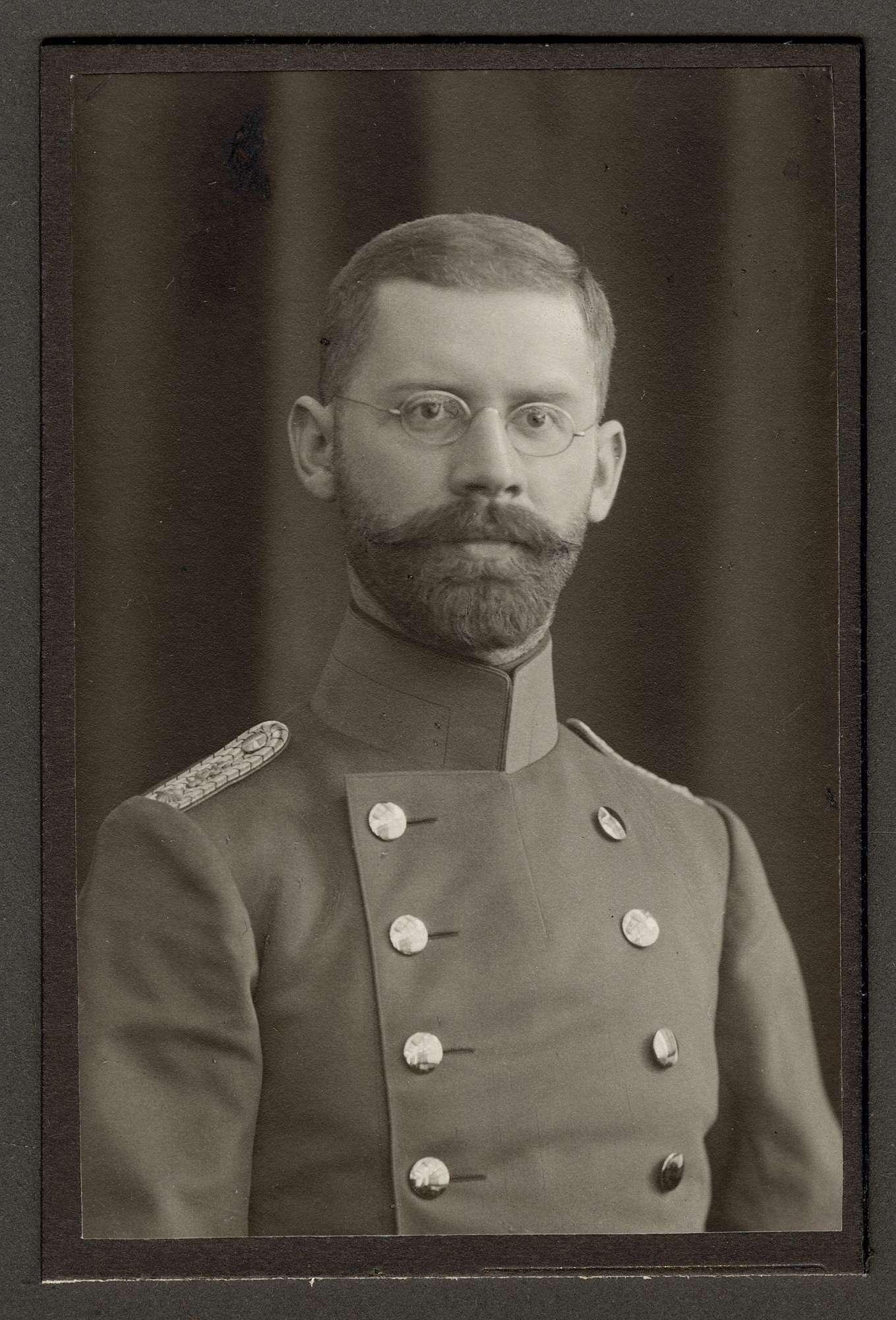 Bertsch, Albert, Dr., Bild 1