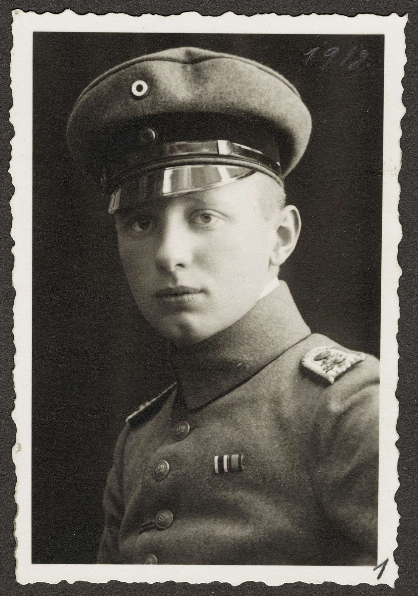 Götz, Viktor, Bild 1
