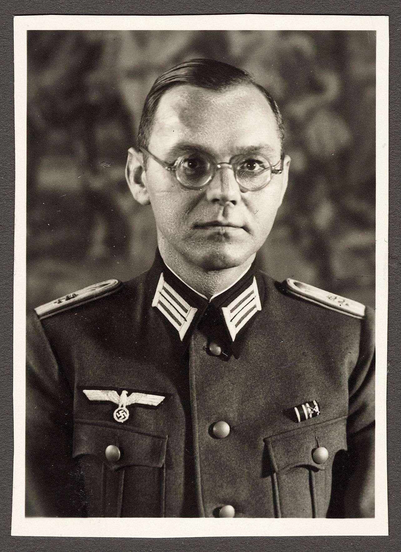 Kiess, Theodor, Dr.med., Bild 1