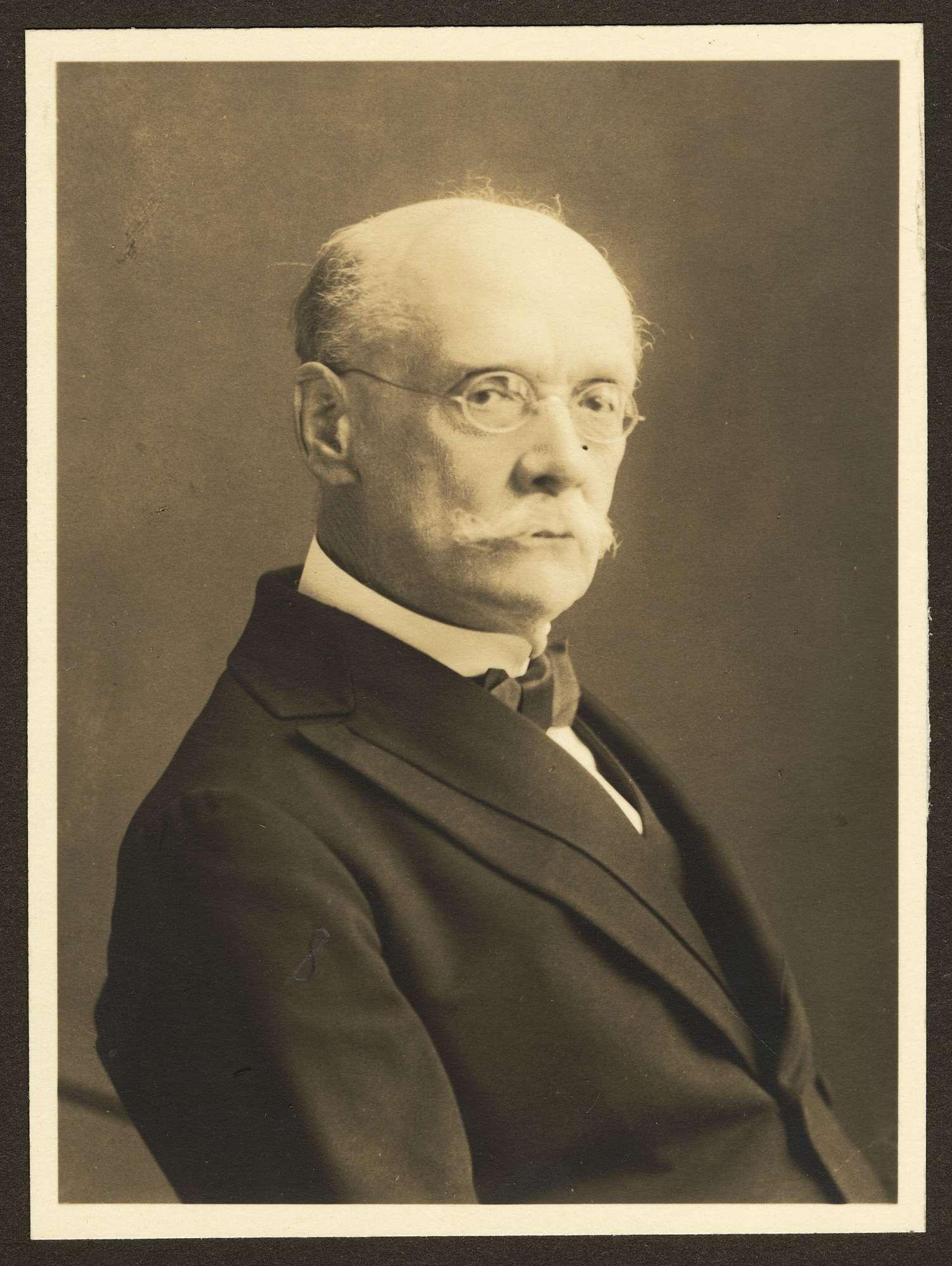 Müller, Karl Prof. Dr. phil., Bild 1