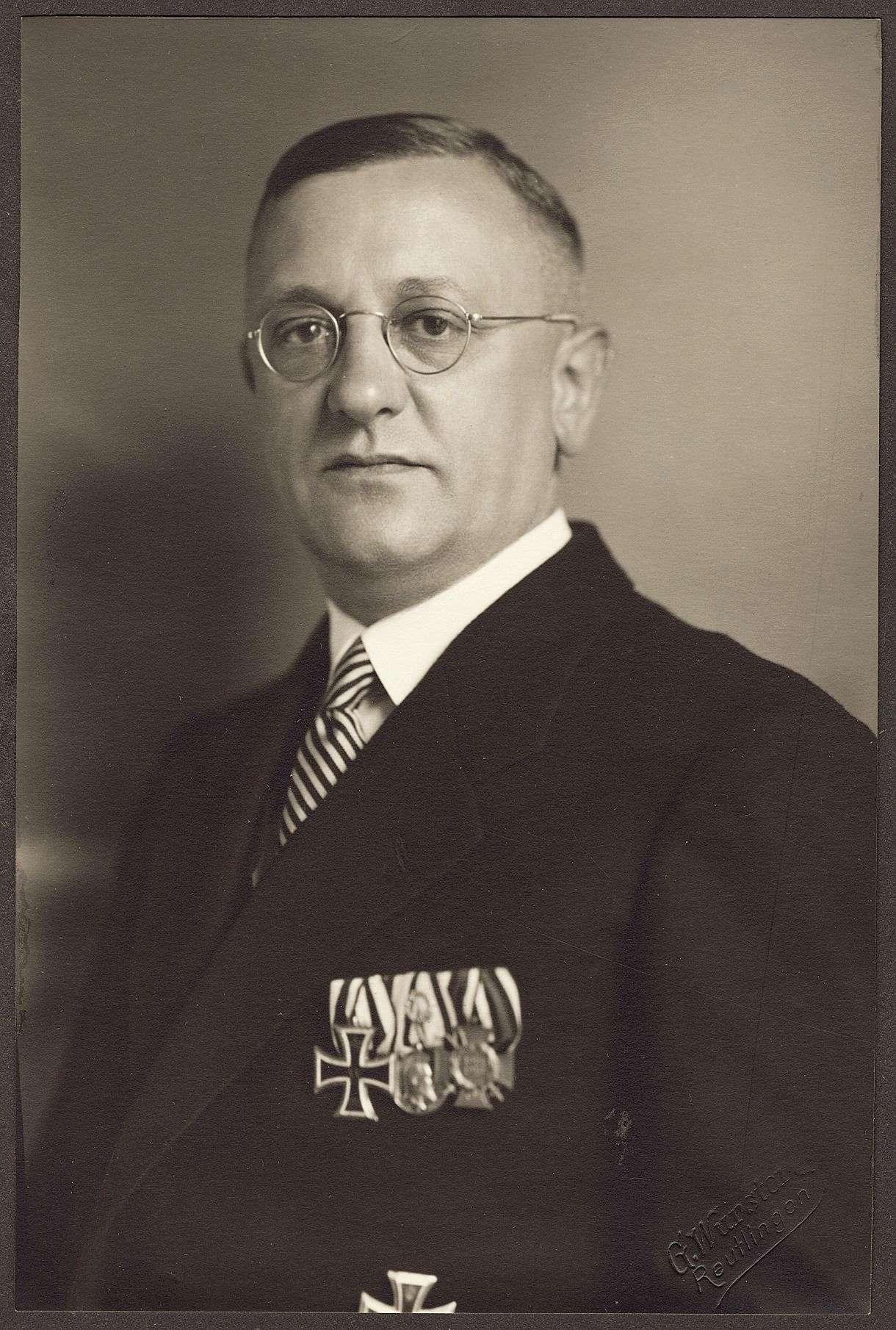 Elwert, Eberhard, Bild 1