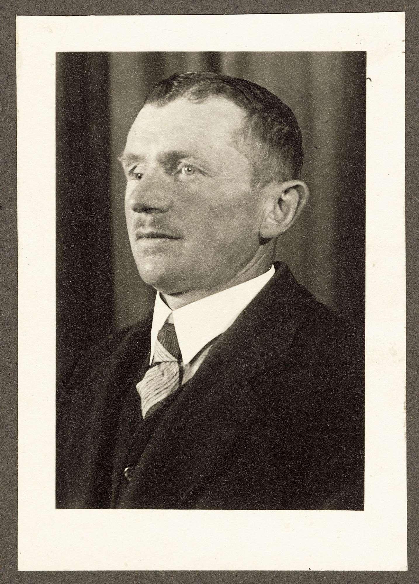 Mezger, Robert, Bild 2