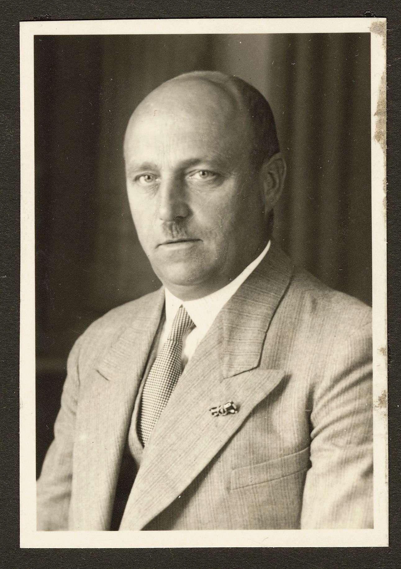 Schneider, Otto, Dr., Bild 1
