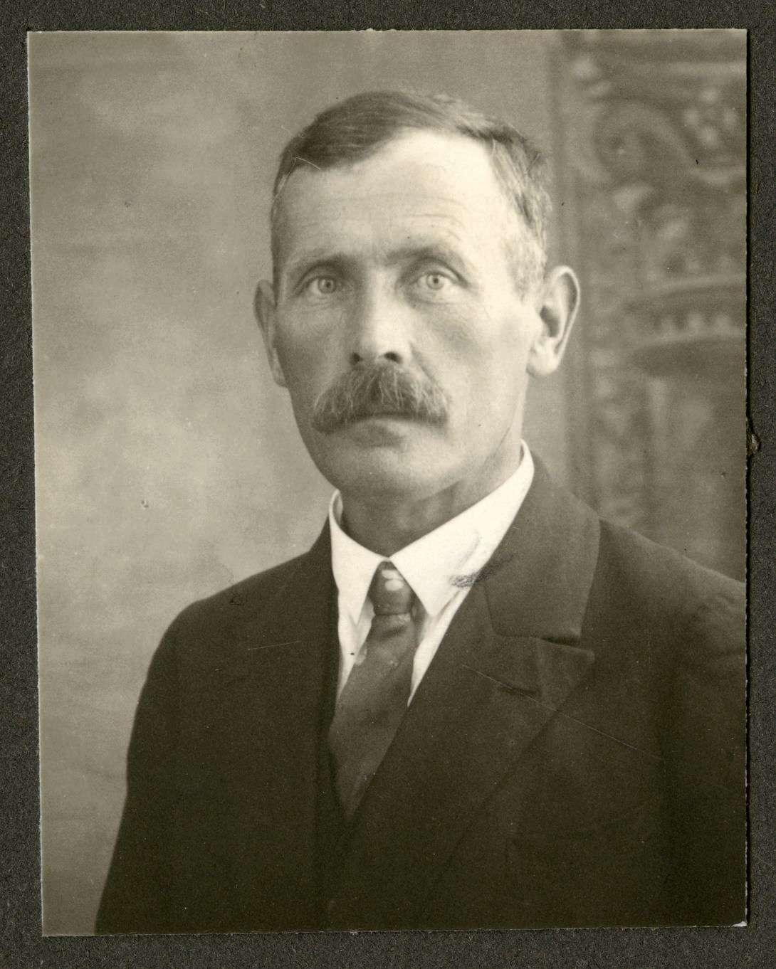 Stier, Friedrich, Bild 1
