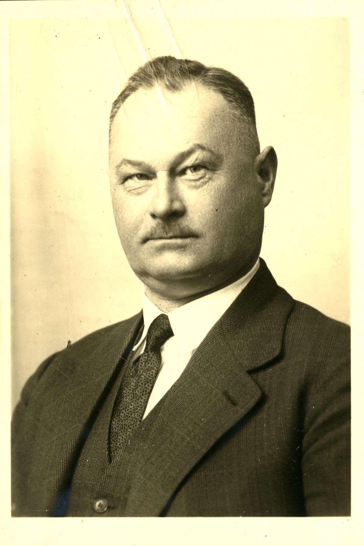 Stöffler, Julius, Bild 2