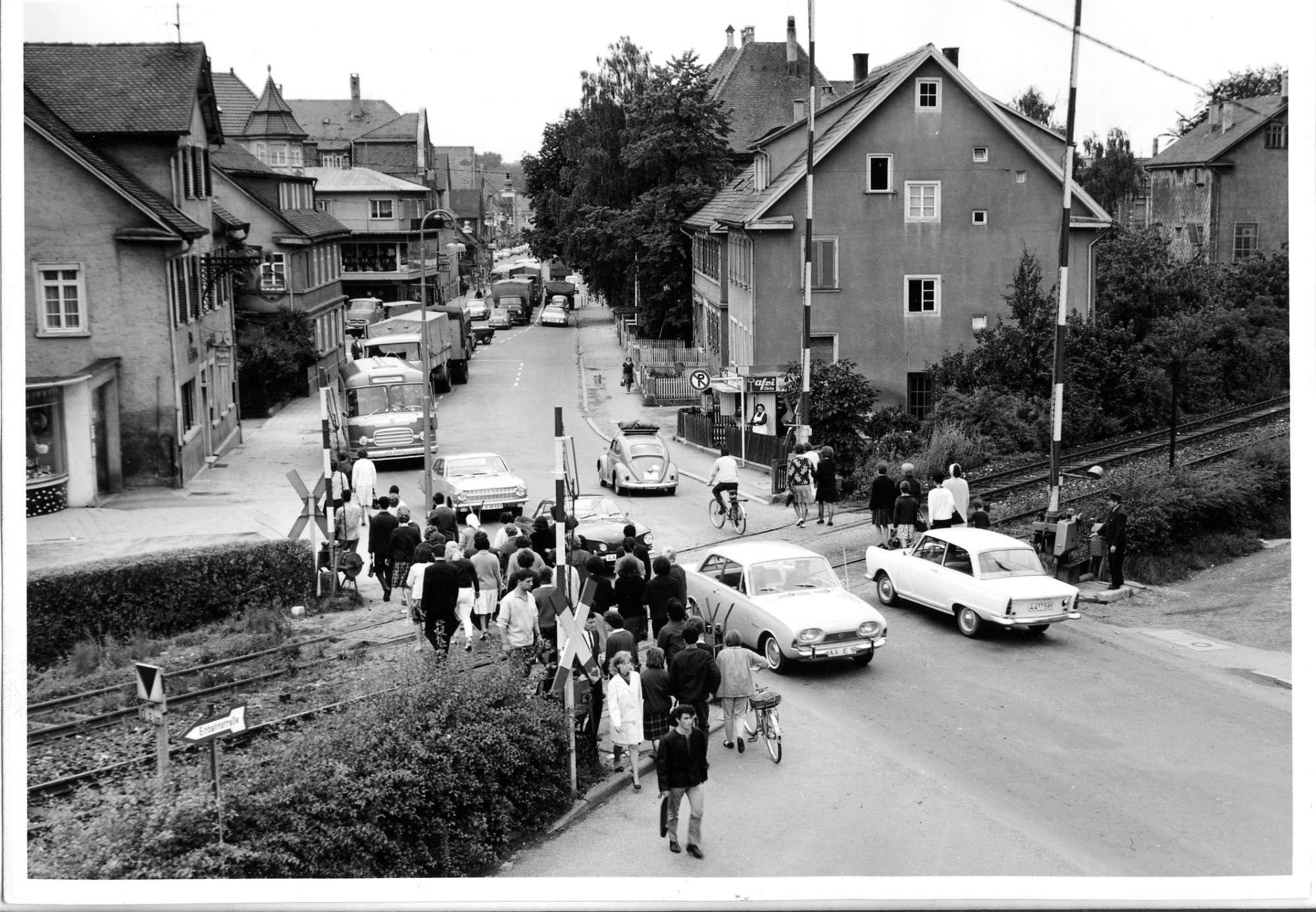 Aalen, Bahnübergang, Abb. b