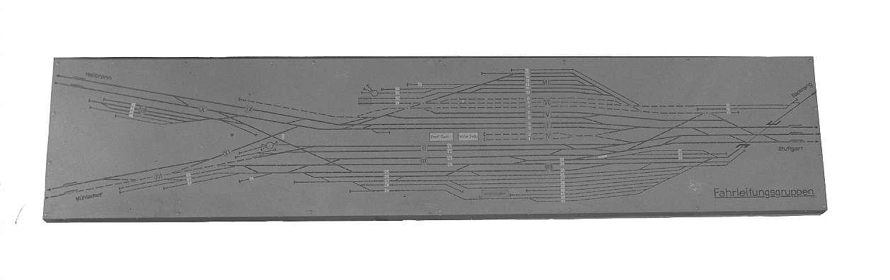 Bietigheim (Württ.), Bf, DR- Stellwerk, Schaltbrettübersicht über eingeschaltete Fahrleitungen, Abb. b