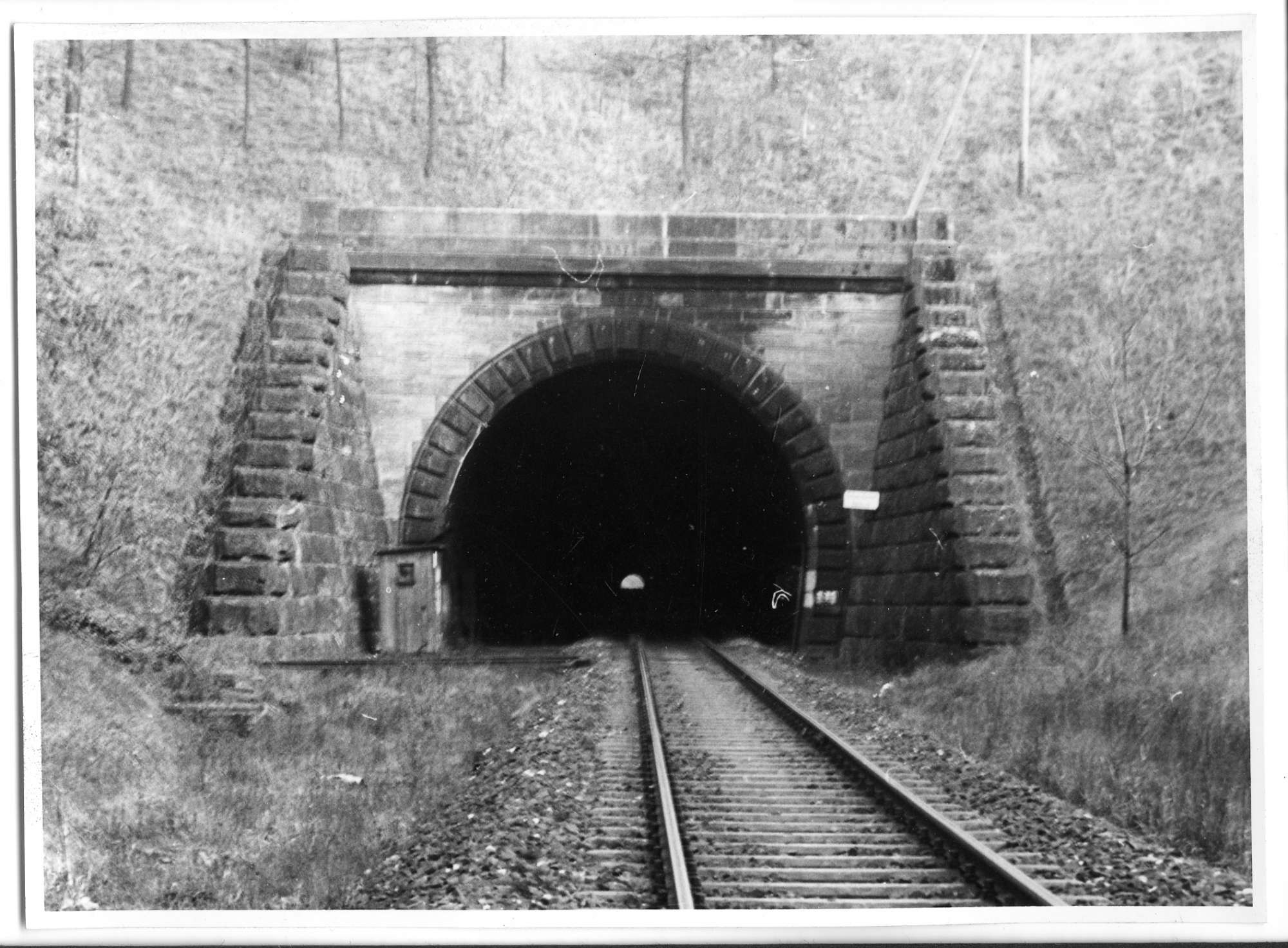Fichtenberg, Tunnel bei Fichtenberg, Abb. a