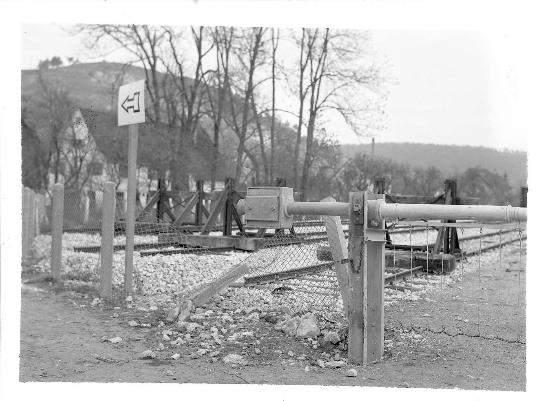 Herrlingen, Autounfall bei Bahnanlage, Abb. a