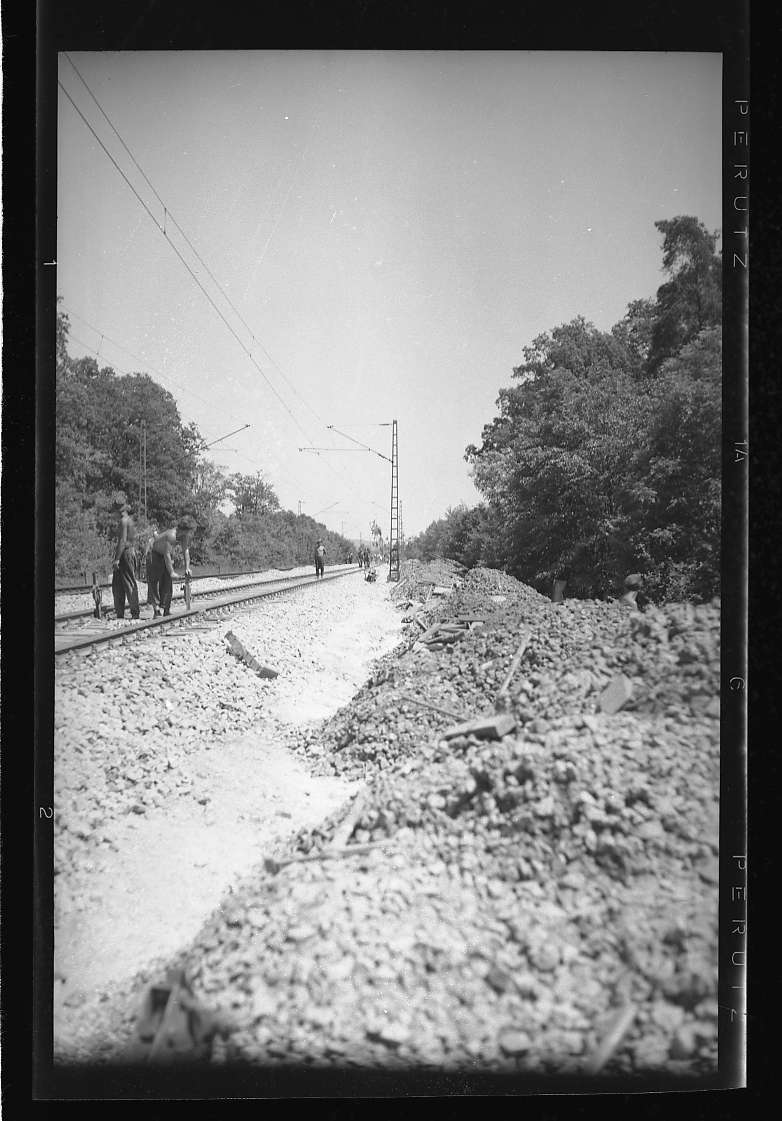 Illingen, Gleisarbeiten, Oberbau (schlechter Untergrund), Abb. b