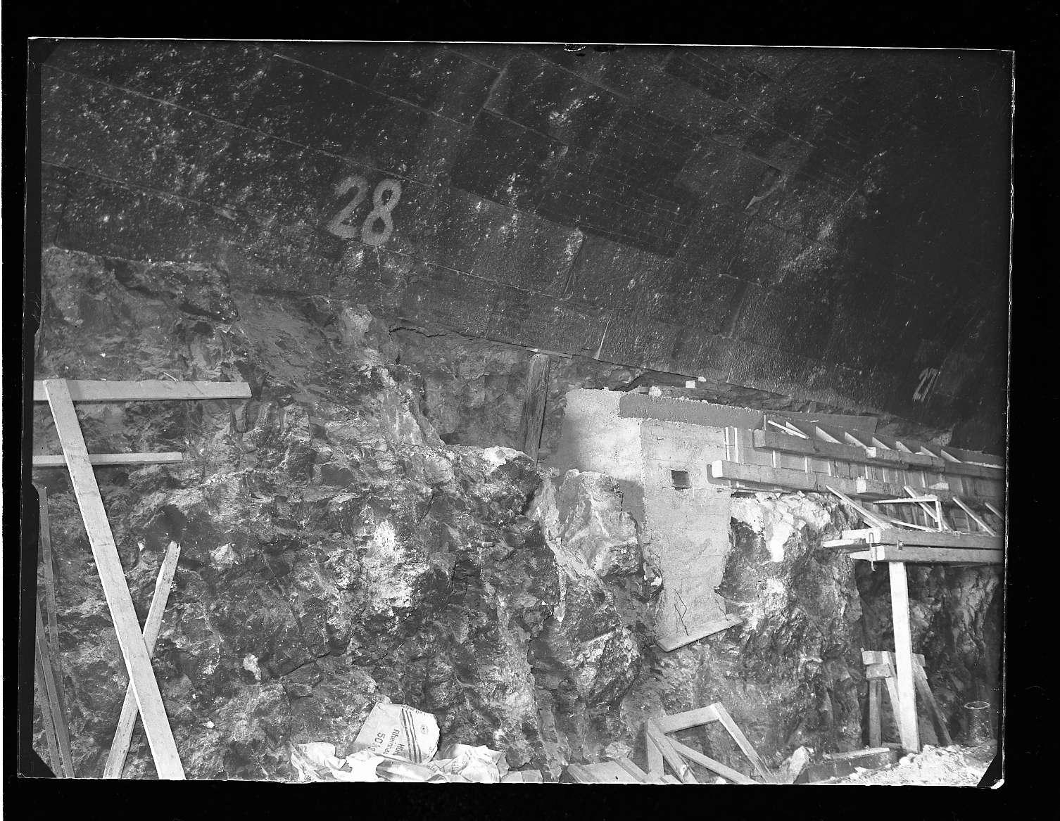 Itzelberg, Bf, Tunnelausbau und Abdichtung (Innenaufnahmen), Abb. b