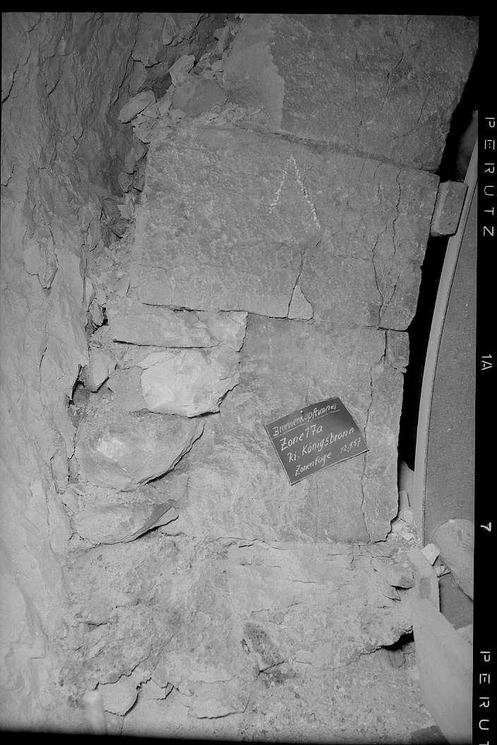 """Itzelberg, Brunnenkopftunnel, Zone 17a, Richtung Königsbronn, (""""Zonenfuge""""), Abb. a"""