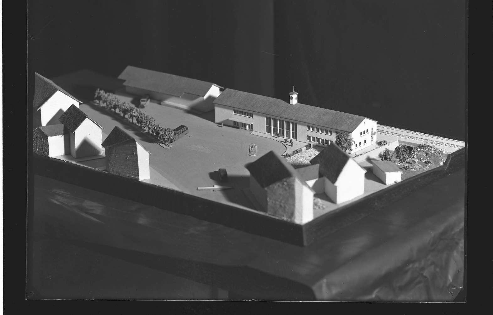 Lauffen am Neckar, Architekturmodell des Empfangsgebäudes, Bild 1