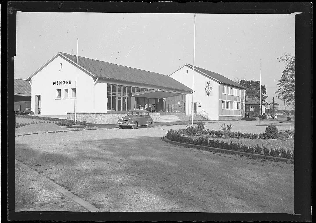Mengen, Bf, neues Empfangsgebäude (Expressgutabfertigung, Aussenansichten), Abb. b