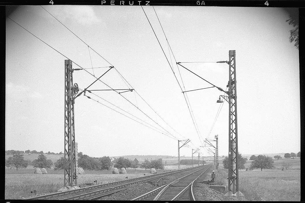 Mühlacker, Bahnstromleitung, Masten im Gelände Bahnhof Ötisheim; Mühlacker, Katharinentaler Hof, Abb. c