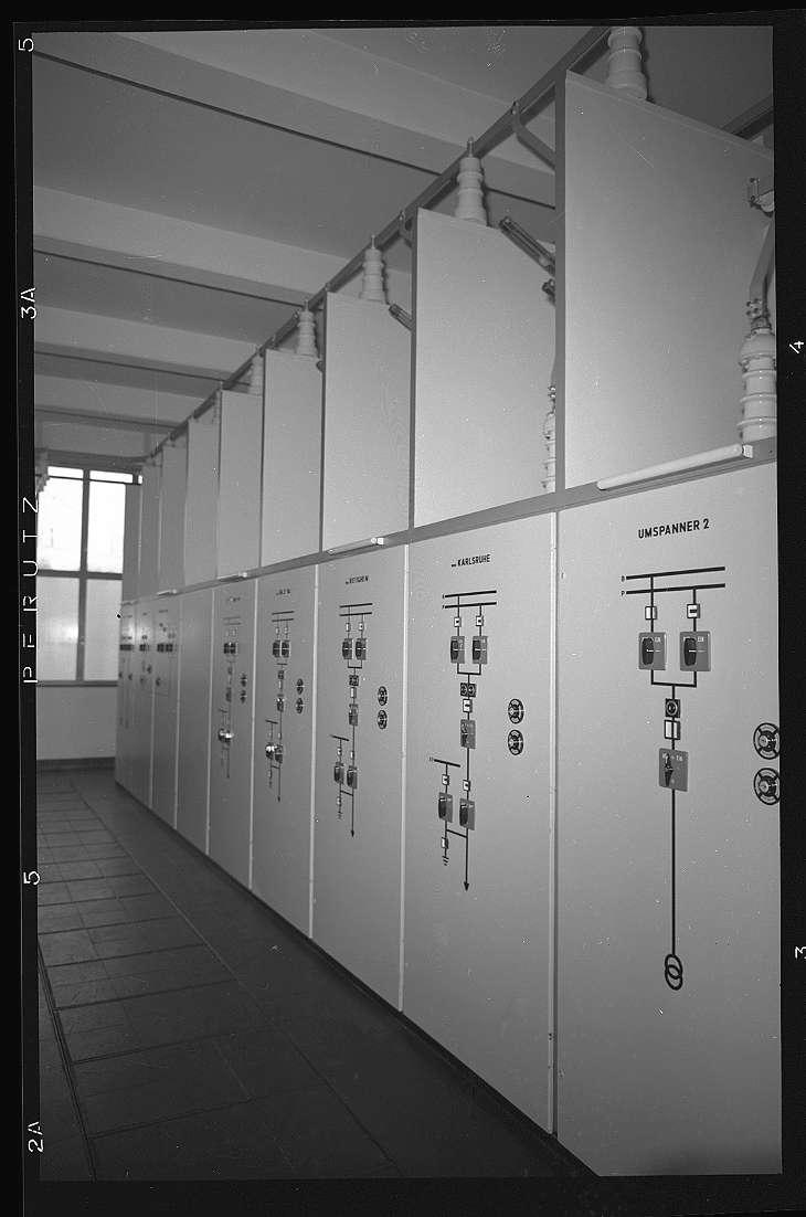 """Mühlacker, Bf, Unterwerk, Schaltungen (Innenaufnahmen), (""""Dez. 25""""), Abb. c"""