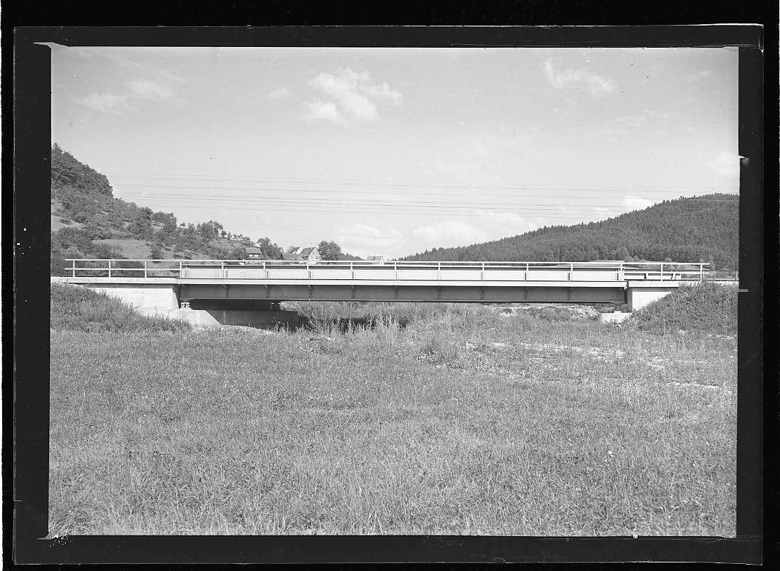 Murrhardt, Wiederaufbau der Bahnbrücke (fertiger Zustand), Abb. a
