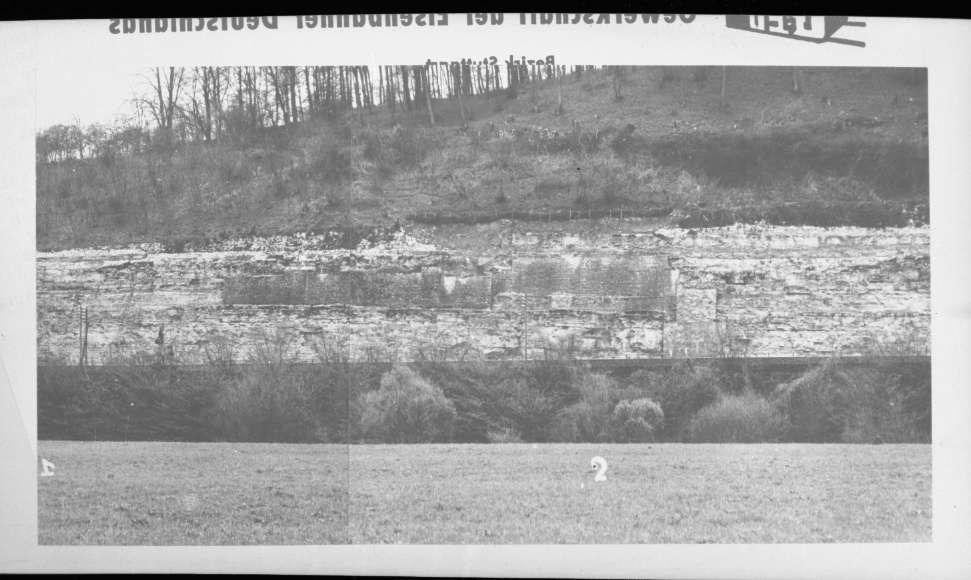 "Oberesslingen, Stützmauern, (""Reproduktion für Vortrag Hasch""), Abb. a"