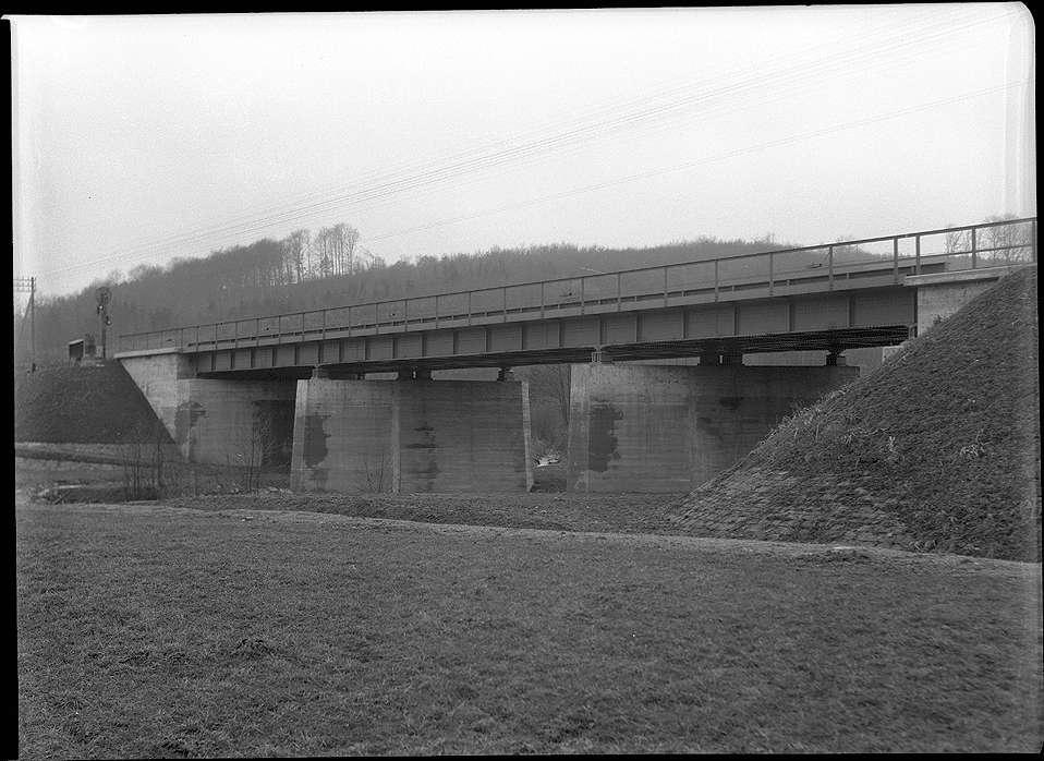 Roigheim, Bahnbrücke Nr. 1351 Sennfeld bei Roigheim, km 69+766, Abb. a