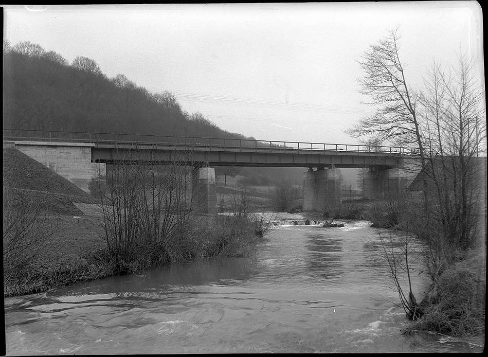 Roigheim, Bahnbrücke Nr. 1351 Sennfeld bei Roigheim, km 69+766, Abb. b