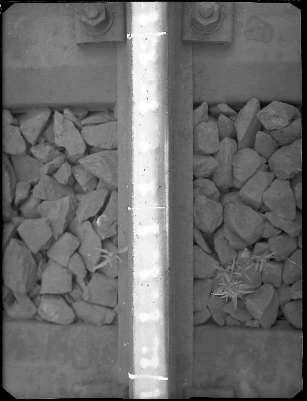 Sindelfingen, Strecke Stuttgart-Horb, Block Mönchsbrunnen, Riffelbildung an Schienen, Abb. b