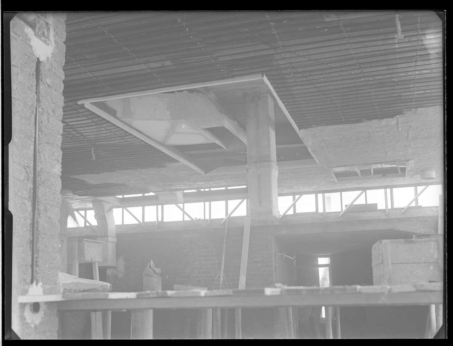 Stuttgart, B.D., Kantine Neubau (innen), Lüftungsschächte in der Küche, Abb. b