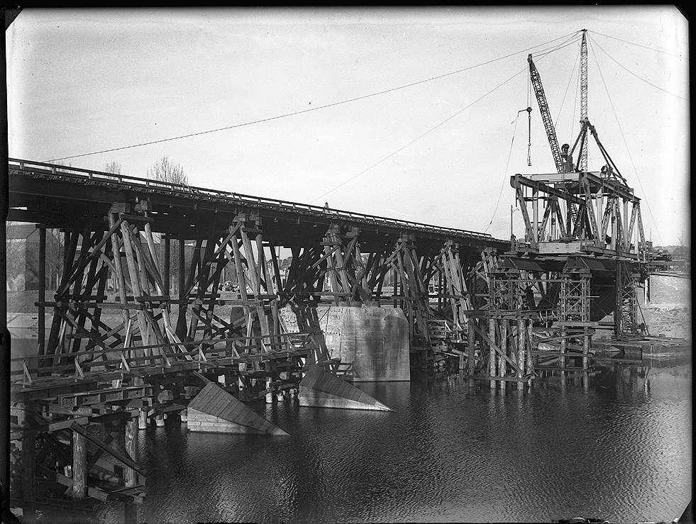 Stuttgart-Gaisburg, Daimlerbrücke, Behelfsbrücke, Bild 1