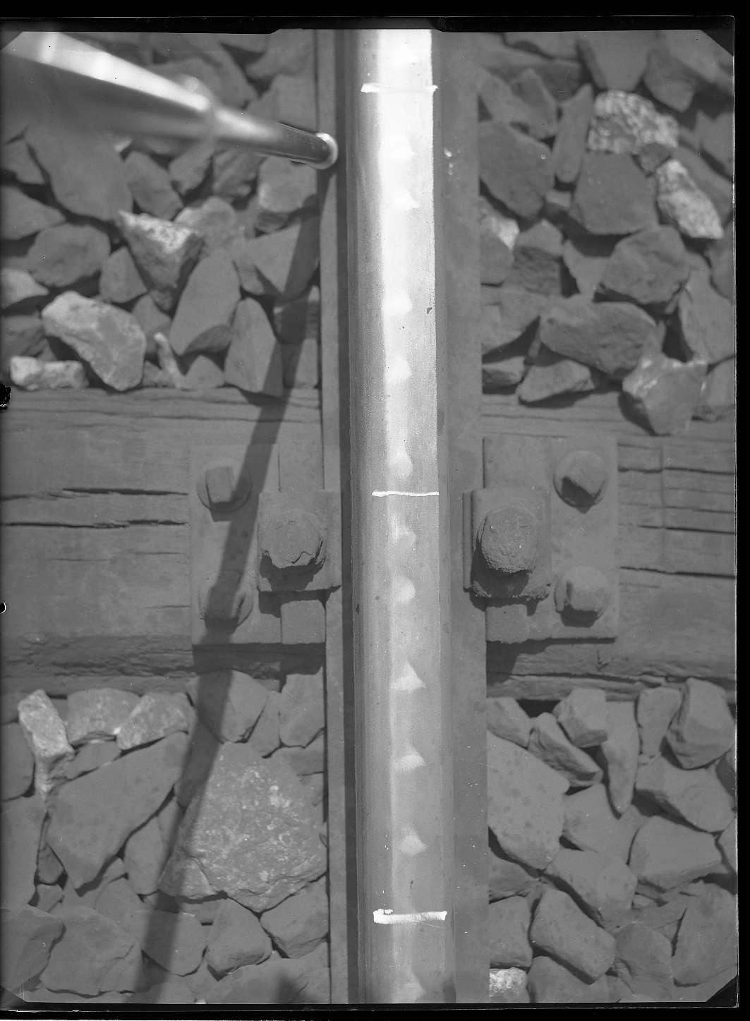 Stuttgart-Untertürkheim, Hauptgleis Stuttgart-Ulm, Riffelbildung an Schienen, Bild 1
