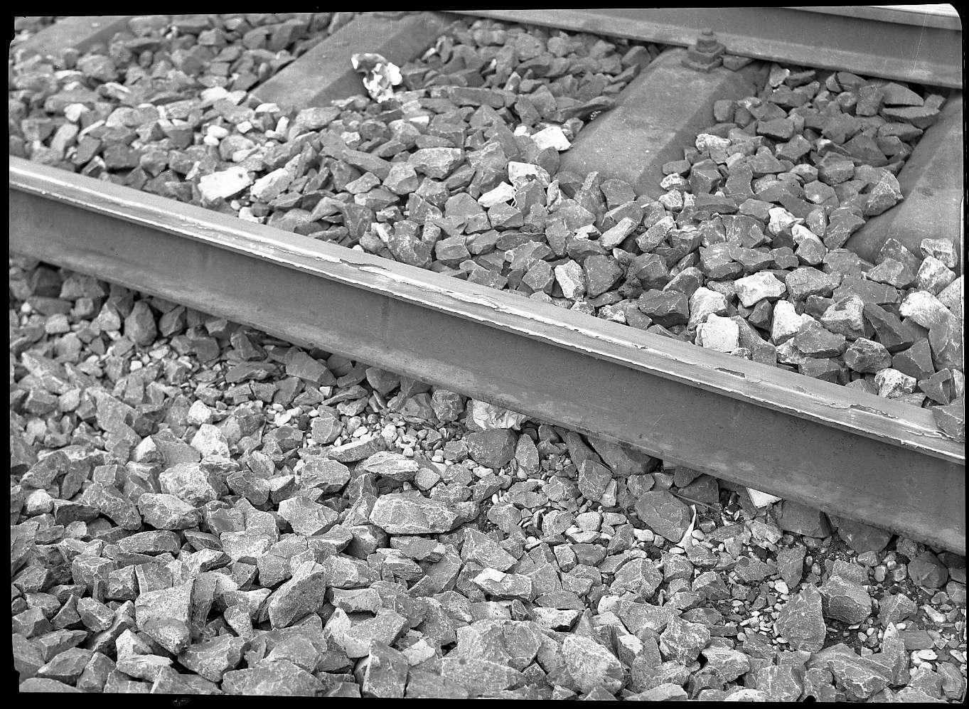 Tamm, beschädigte Schienen bei Tamm, Abb. c