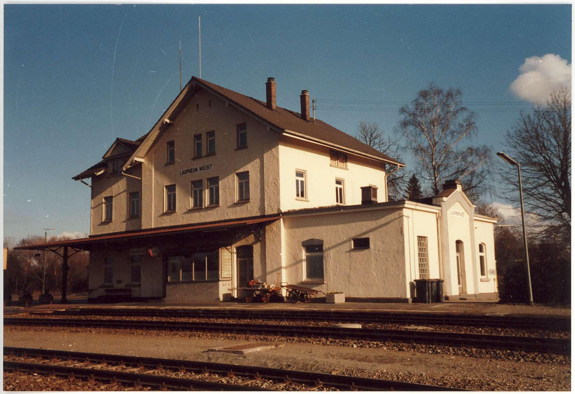 Laupheim-West: 1 Foto, Bild 1