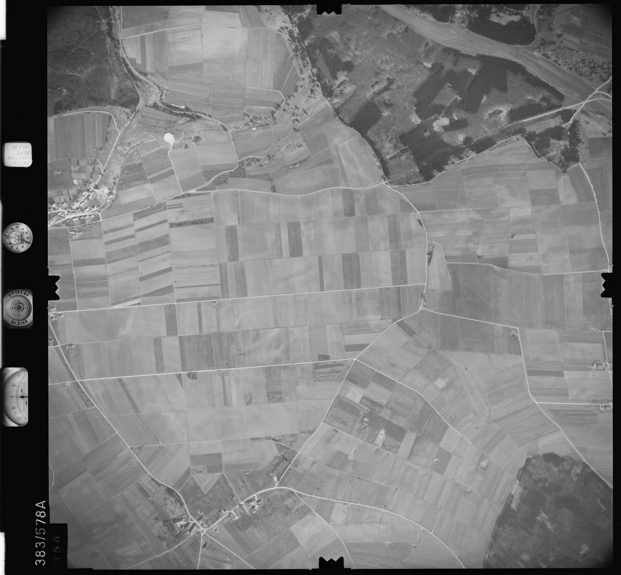 Luftbild: Film 27 Bildnr. 56, Bild 1