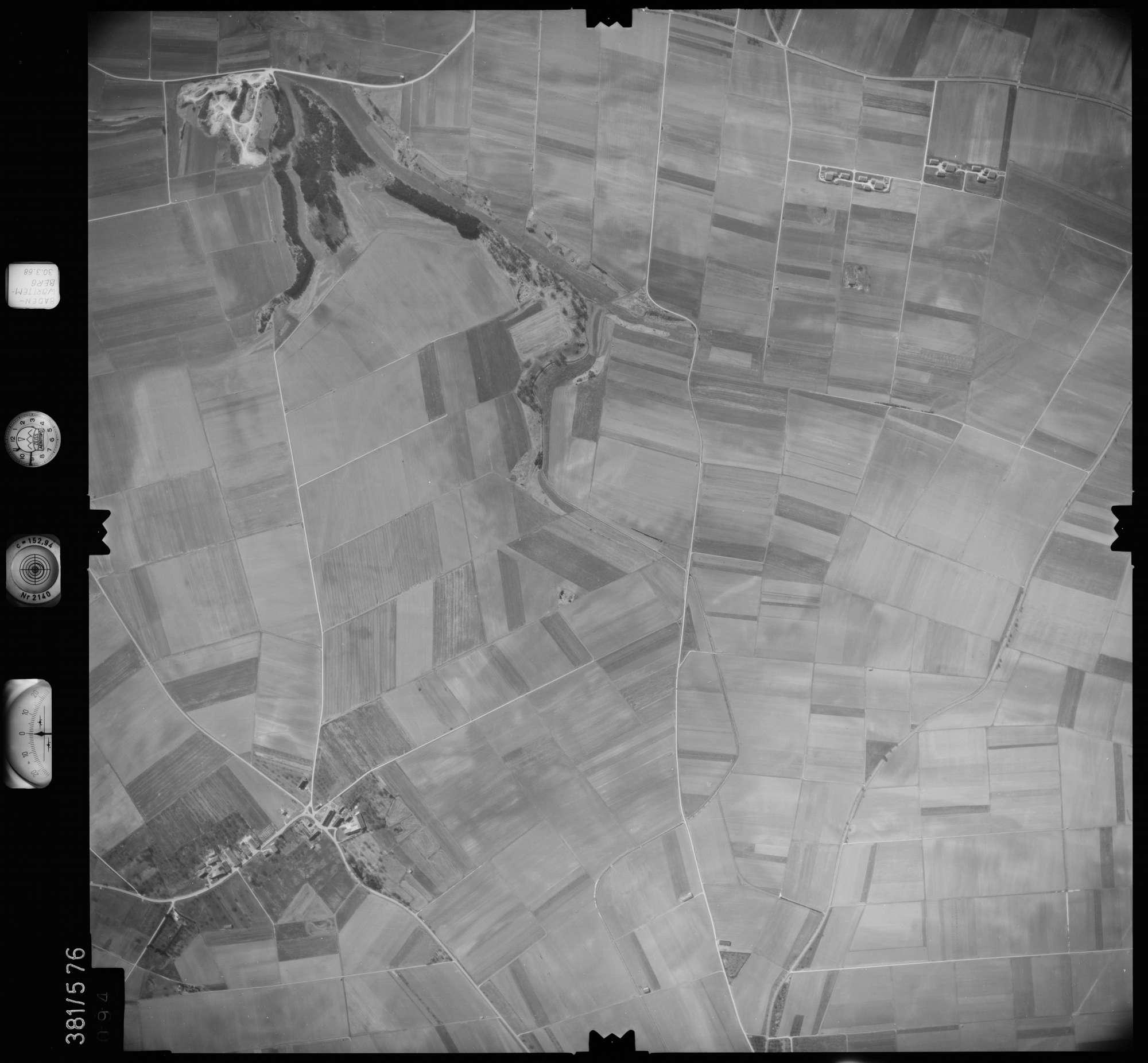 Luftbild: Film 27 Bildnr. 94, Bild 1
