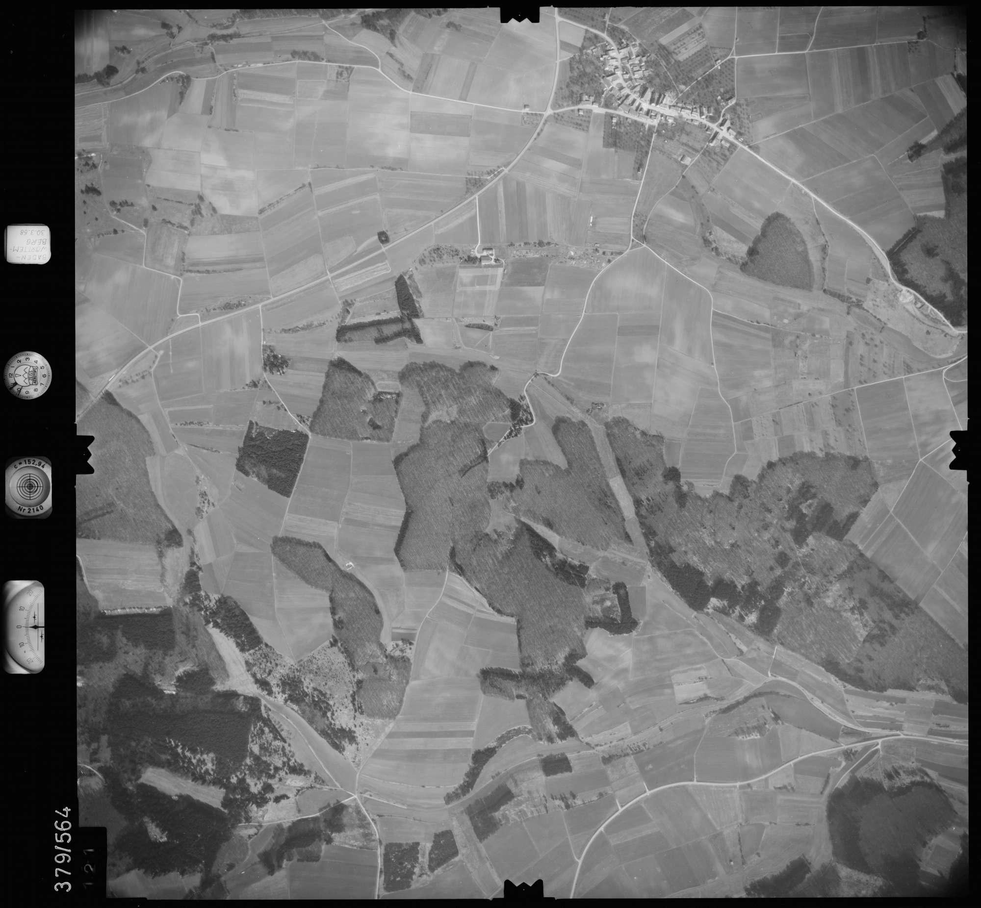 Luftbild: Film 27 Bildnr. 121, Bild 1