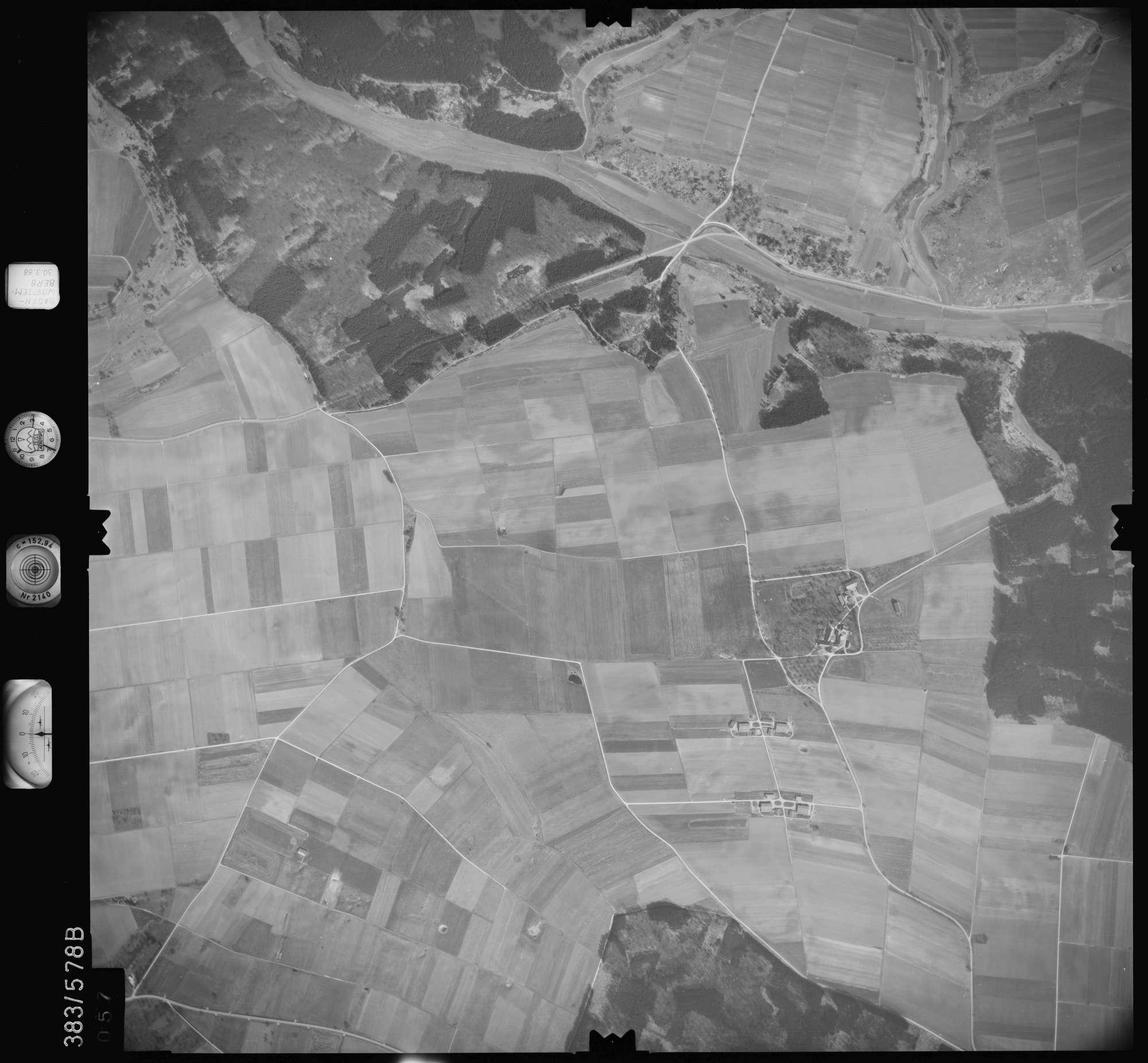 Luftbild: Film 27 Bildnr. 57, Bild 1