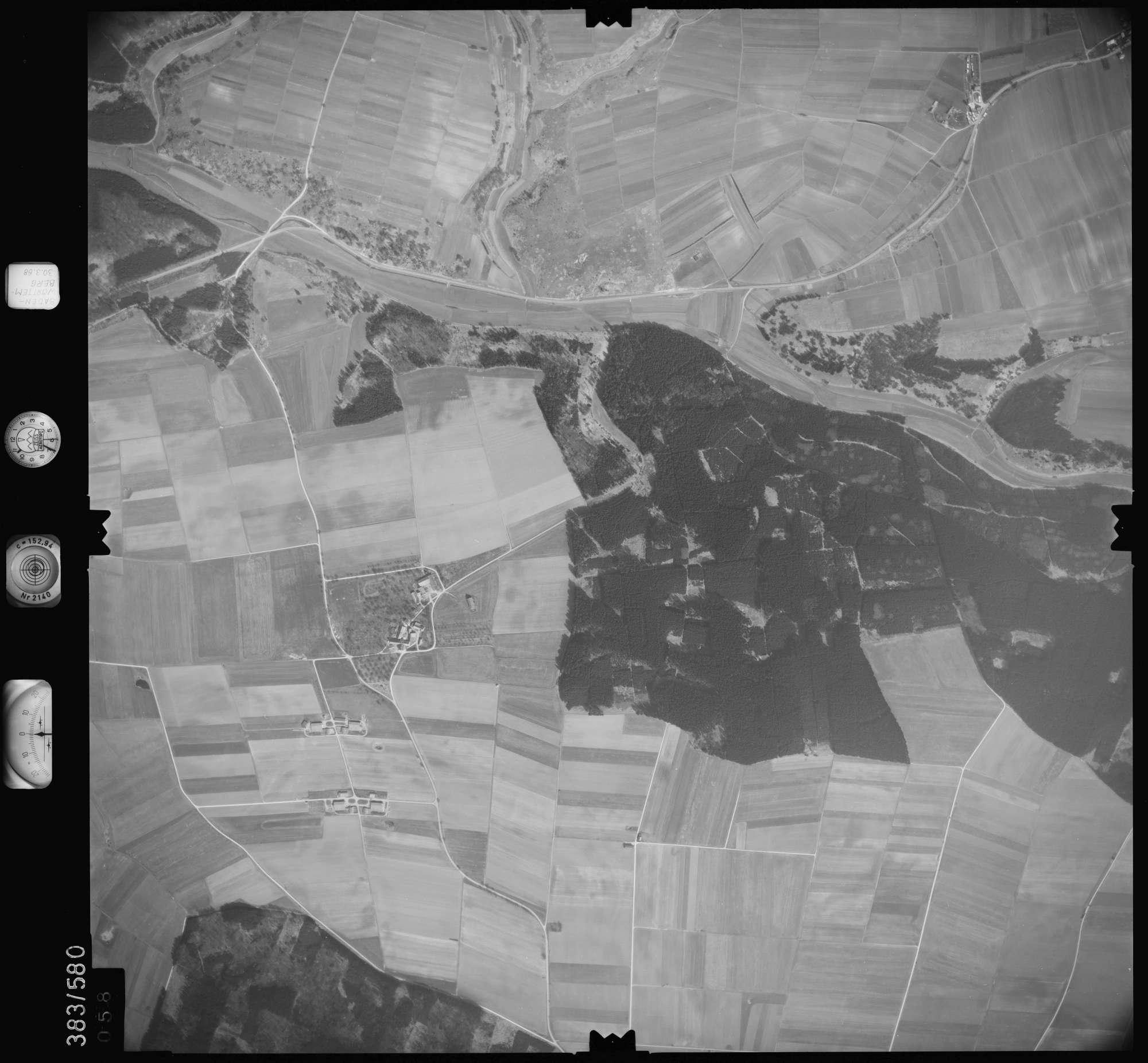 Luftbild: Film 27 Bildnr. 58, Bild 1