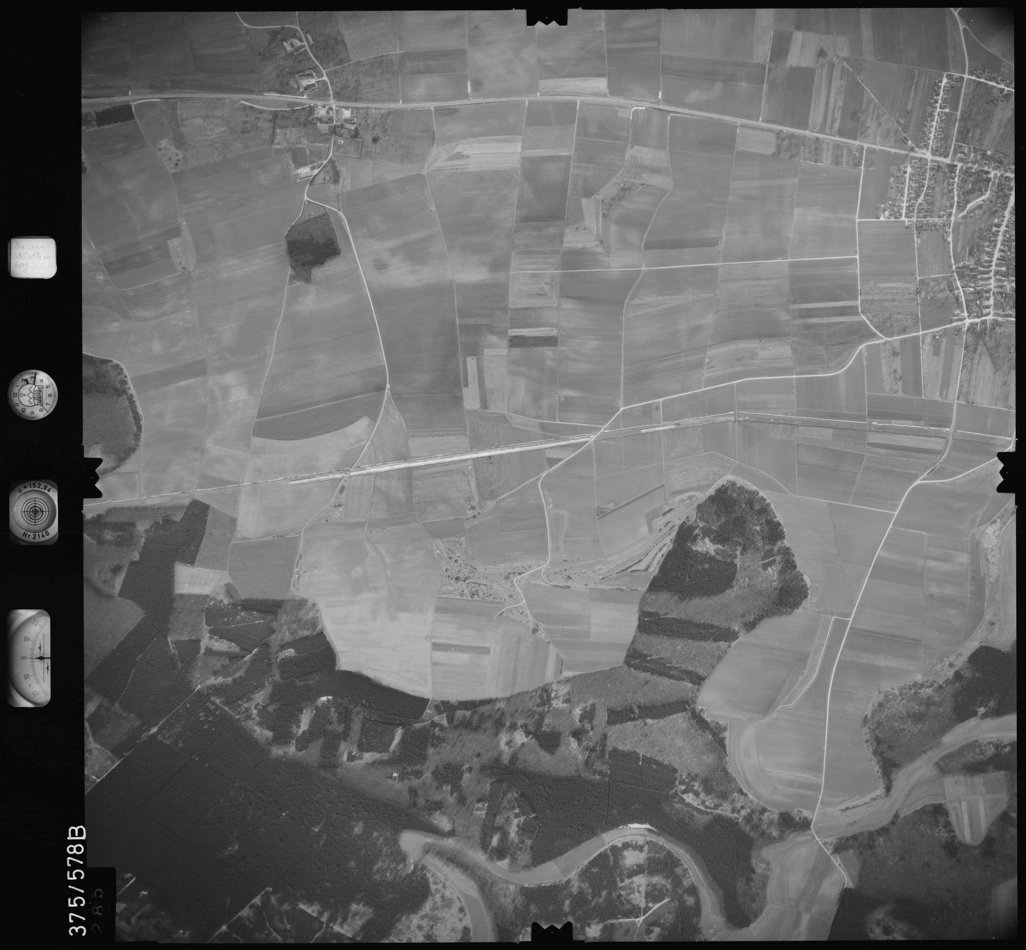 Luftbild: Film 35 Bildnr. 285, Bild 1