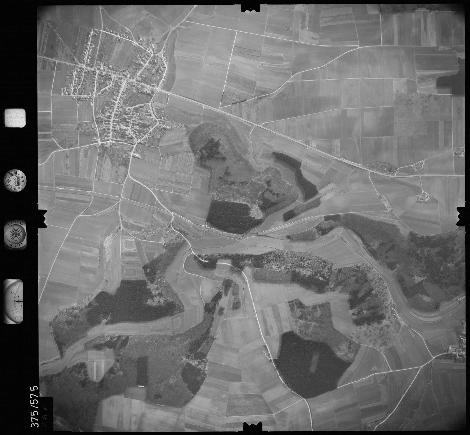 Luftbild: Film 35 Bildnr. 287, Bild 1